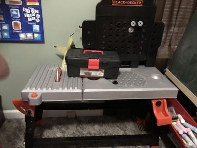 Black and Decker tool bench with tools
