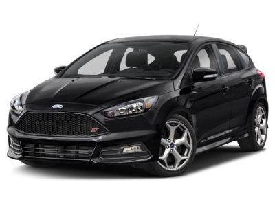 2018 Ford Focus ST (Oxford White)