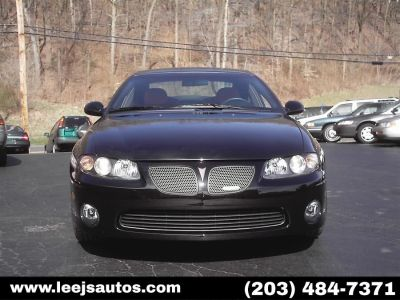 2004 Pontiac GTO Base (Phantom Black Metallic)