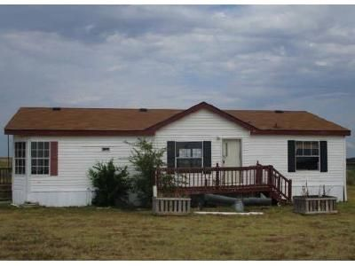 3 Bed 2 Bath Foreclosure Property in Decatur, TX 76234 - Pond View Ct