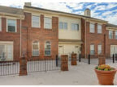 Comtemporary Terrace Grand Townhome