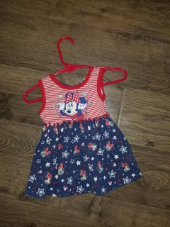3-6 months. Dress. Lots of other clothes