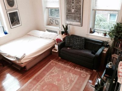 Bedroom in 2bed, 1 bath apt in Kensington