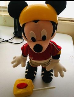 Mickey Mouse on Rollerskates with controller