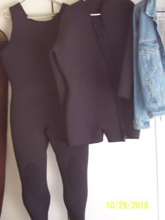 3 Piece Farmer John Style Wet Suit 7MM Size is Large Tall