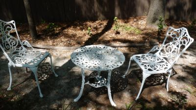 Vintage cast aluminum outdoor table and chairs