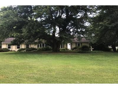 3 Bed 1 Bath Foreclosure Property in Spring Grove, PA 17362 - Hillclimb Rd