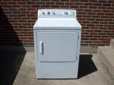 GE Gas Dryer. 3.5 Yrs Old. Nice!