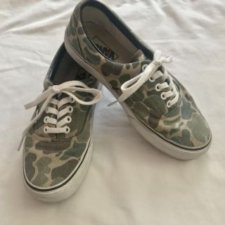 VANS green camo lace up tennis shoes, Exc Cond! Like new! Women s Sz 9 (men s 7.5). Only $10!