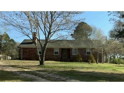 3 Bed 2 Bath Foreclosure Property in Lancaster, SC 29720 - Flat Creek Rd