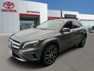 2015 Mercedes-Benz GLA-Class GLA 250 (Mountain Gray Metallic)