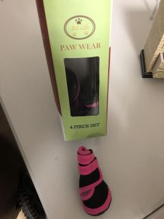 XS pink & black shoes for your Puppers!