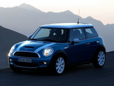2008 MINI Cooper S (Pure Silver Metallic)
