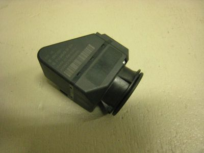 Sell MB MERCEDES-BENZ W210 IGNITION SWITCH 2105450208 motorcycle in Pompano Beach, Florida, US, for US $40.00