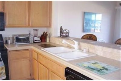 2 bedrooms Apartment - Gorgeous of Lake Dates -.