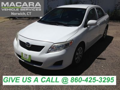 2009 Toyota Corolla Base (Super White)