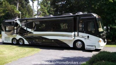 $229,900, 2007 Country Coach Intrigue 45 w4 Slide-Outs SALE