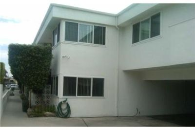 SPACIOUS 2 BEDROOM & 1 BATHROOM UNIT AVAILABLE IN . Carport parking!