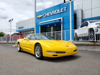 2004 Chevrolet Corvette Z06 (Millennium Yellow)
