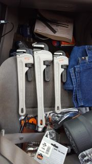 """PIPE WRENCH NEW 14""""AND 18"""""""