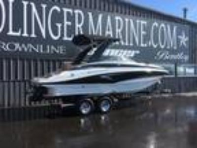 2019 Crownline 235 SS