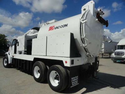 1997 Sterling LT8501 Vac-con VACUUM/JETTER COMBO
