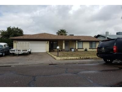 2 Bath Preforeclosure Property in Phoenix, AZ 85033 - W Coolidge St