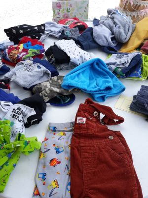Infant and kids clothes ect