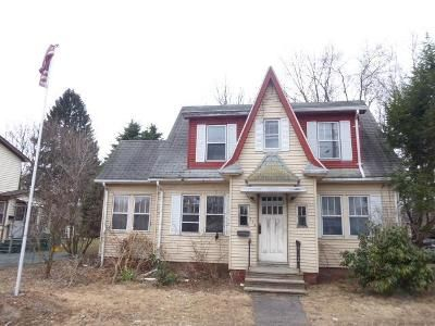 3 Bed 1 Bath Foreclosure Property in Chicopee, MA 01013 - Chicopee St