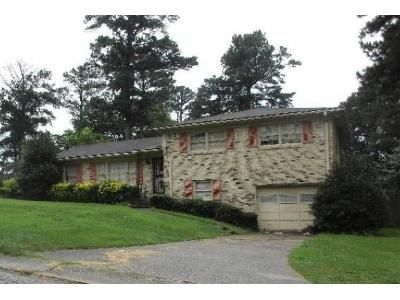 3 Bed 2 Bath Foreclosure Property in Birmingham, AL 35215 - 34th Ave NE