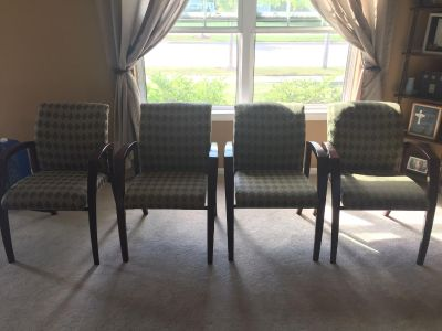 Chairs (Set of 4)