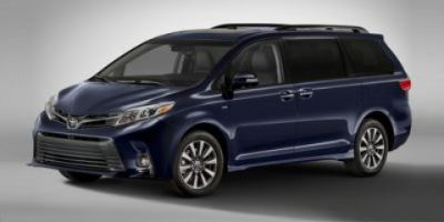 2019 Toyota Sienna SE (Midnight Black Metallic)