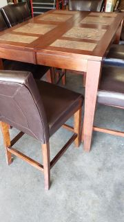 Pub style Kitchen table with chairs