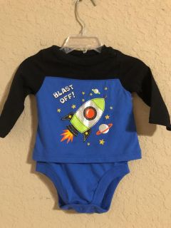 Like New Boys Adorable Blast Off! Onesie Playsuit. Size 3-6 Months