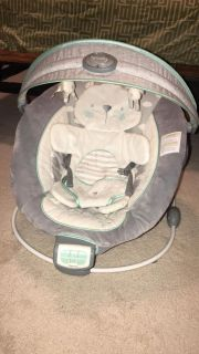 Ingenuity white and gray bouncer