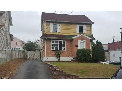 3 Bed 2 Bath Foreclosure Property in Wood Ridge, NJ 07075 - Marlboro Rd