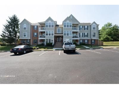 2 Bed 2 Bath Foreclosure Property in Woodbridge, VA 22192 - Ashmont Ct Apt 203