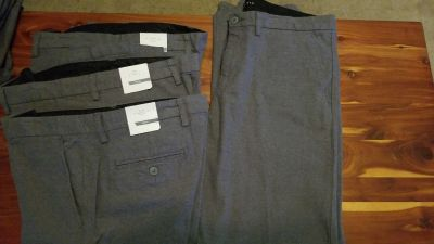 (4) New Gap Pants 34/34 (grey)