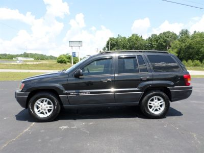 2004 Jeep Grand Cherokee Special Edition (Black)