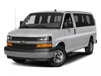 2017 Chevrolet Express Passenger LT (Summit White)