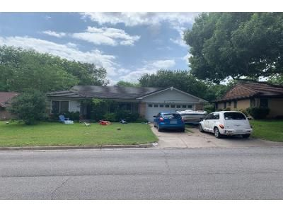 3 Bed 2.0 Bath Preforeclosure Property in Fort Worth, TX 76116 - Springbranch Dr
