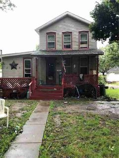 1017 17th St Northwest Canton Three BR, RAKE IN THE RENT or fix