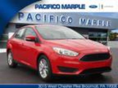 2017 Ford Focus Red, 11 miles