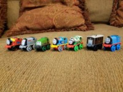 Set of 7 Thomas the Train Minis