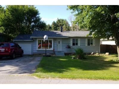 3 Bed 1.5 Bath Foreclosure Property in Laporte, IN 46350 - W East Pine St