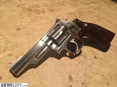For Sale/Trade: S&W 66-2 4 barrel wood grips w/ spare DOA hammer