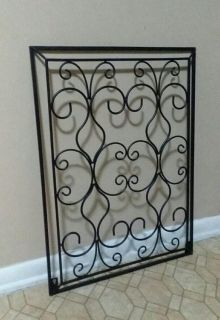 LARGE/ BLACK WROUGHT IRON WALL DECOR.....EXCELLENT CONDITION