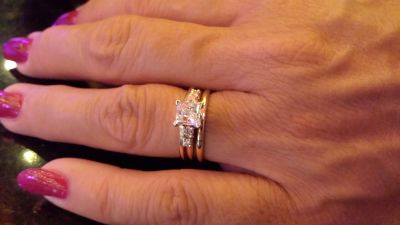 Engagement ring set reduce to 1/2 price of value