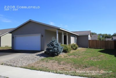 3 Bedroom with 2 Car Garage - Short Distance to CWU!