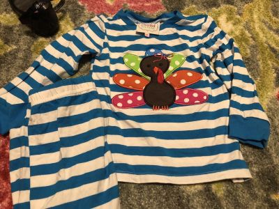 Smocked Auctions Lounge Wear Size 4